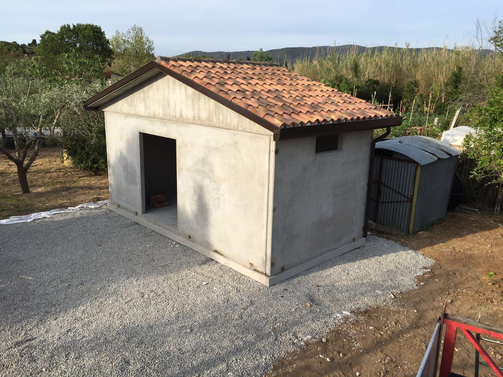 bungalow prefabbricato in cemento veranda in legno
